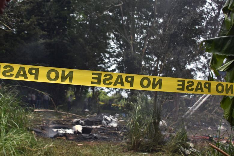 Only three survive Cuba plane crash that kills more than 100. https://t.co/p7mKouvvfx https://t.co/K1kYbcJuyu