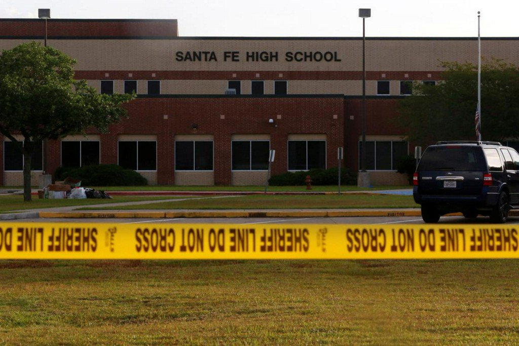 Spurned advances provoked Texas school shooting, victim's mother says https://t.co/NB0NXjfsYU https://t.co/cVSrorR6EV