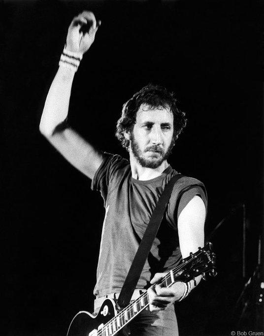 Happy Birthday Pete Townshend ;)