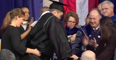 Georgetown football player paralyzed in 2015 walks for first time at graduation https://t.co/luWIGqJOH2 https://t.co/R5IvRDAl7O