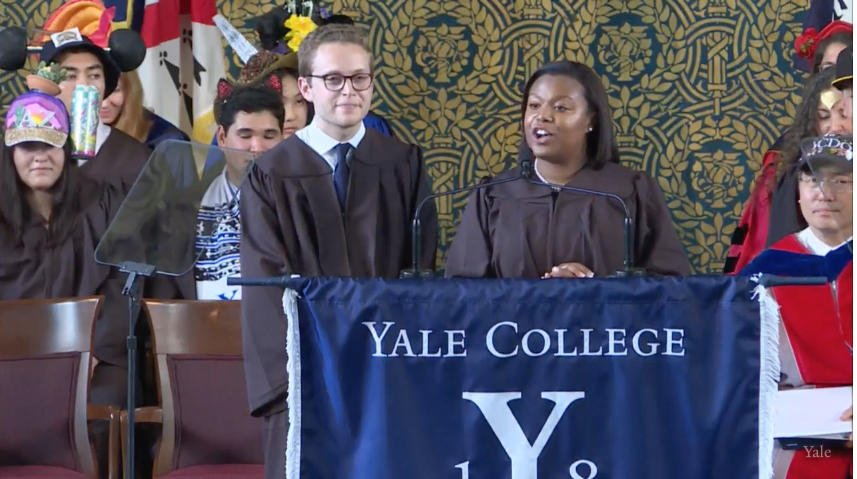 Alexis Gurganious and Joshua Hochman introduce Class Day speaker @HillaryClinton '73 J.D., '99 LL.D. #Yale2018 https://t.co/R1CItyp8HP
