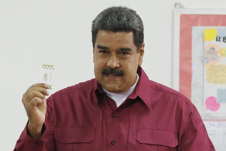 @BroadcastImagem: Venezuela vai às urnas em profunda crise, com Maduro em busca de reeleição. Ariana Cubillos/AP