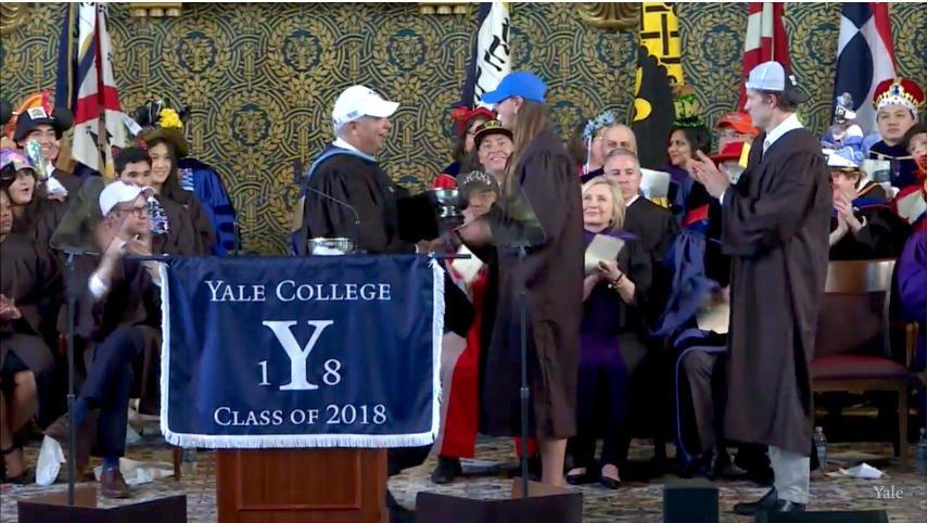 Jen Berkowitz is the recipient of the Nellie Pratt Elliot Award @YaleAthletics #boolaboola #Yale2018 @YaleWBB https://t.co/tqzO8uq58A