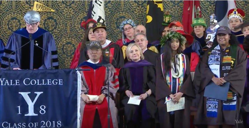 Ivetty Estepan and Haylee Makana Kushi receive the Nakanishi Prize #Yale2018 https://t.co/J8xNUkDyBx