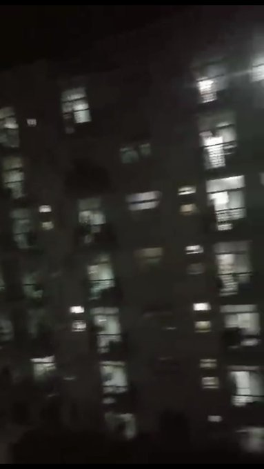 The reaction of a college dorm in China to RNG winning MSI #esports #globalsport https://t.co/5IIesV09DI https://t.co/ETkIxdzcQc