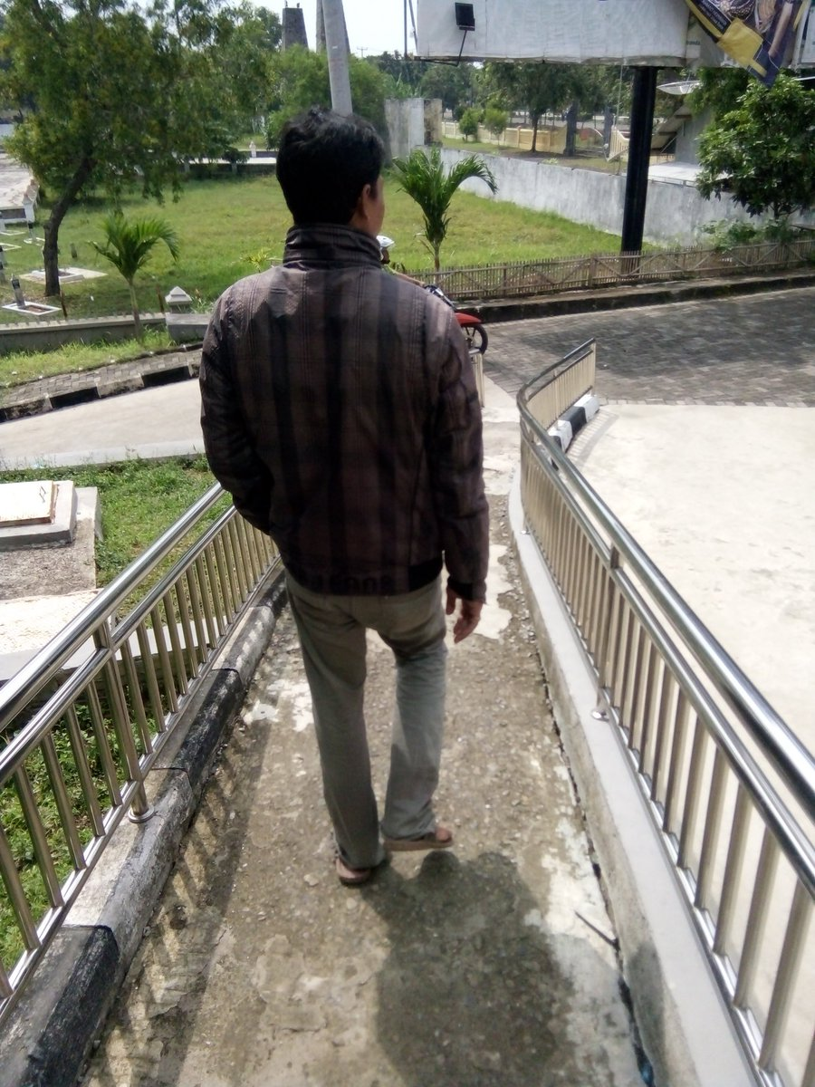 Jl Gatot Subroto