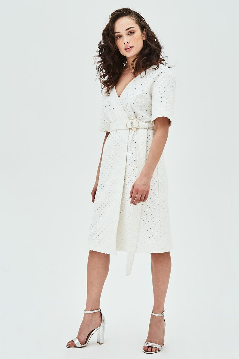 test Twitter Media - A statement white dress for summer. Yes please ✨ https://t.co/VMUAQiLnwz https://t.co/Lg7WMPiMbf