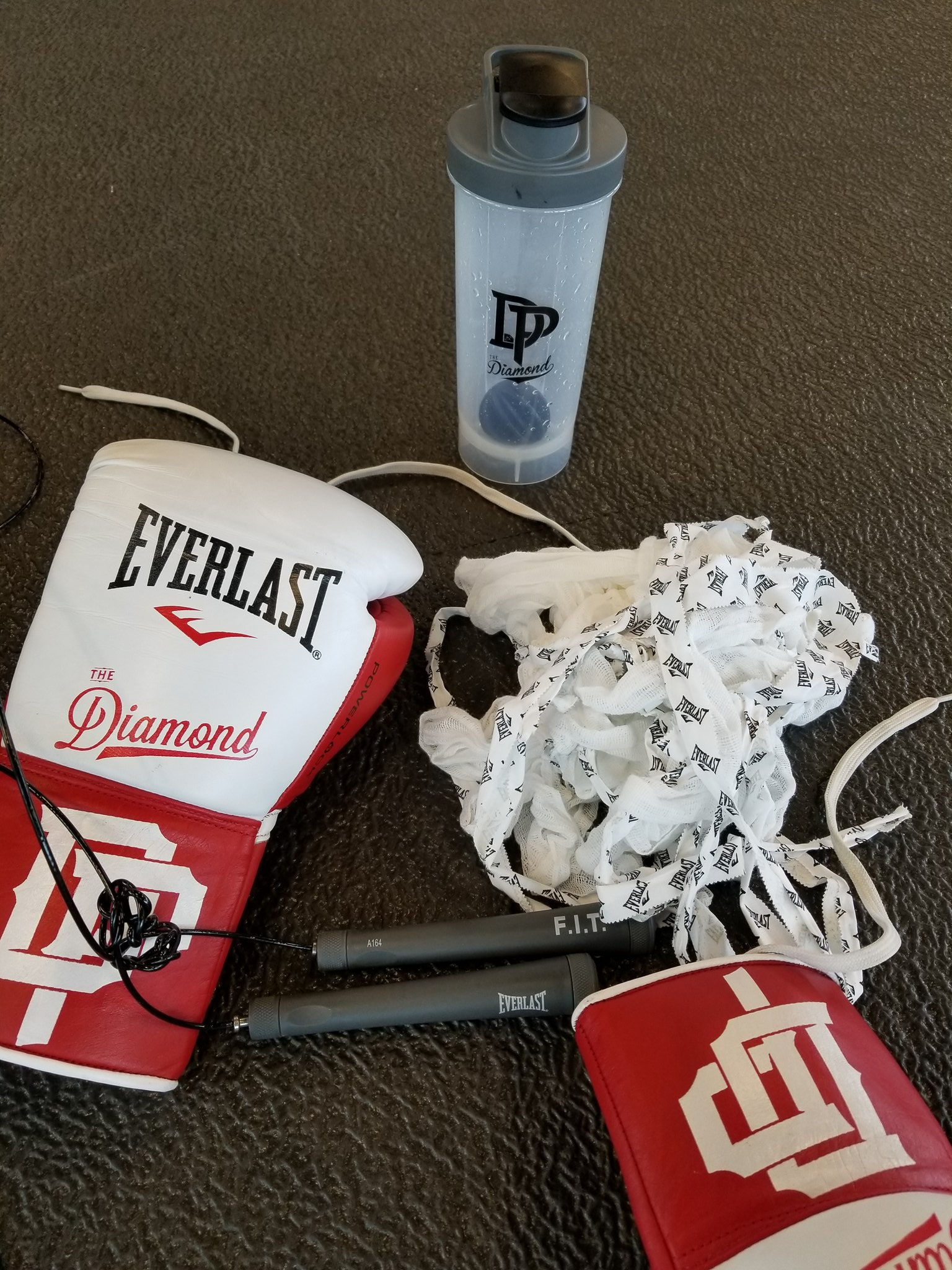 #teameverlast chaaaaaamp https://t.co/KDWJBTTl9I