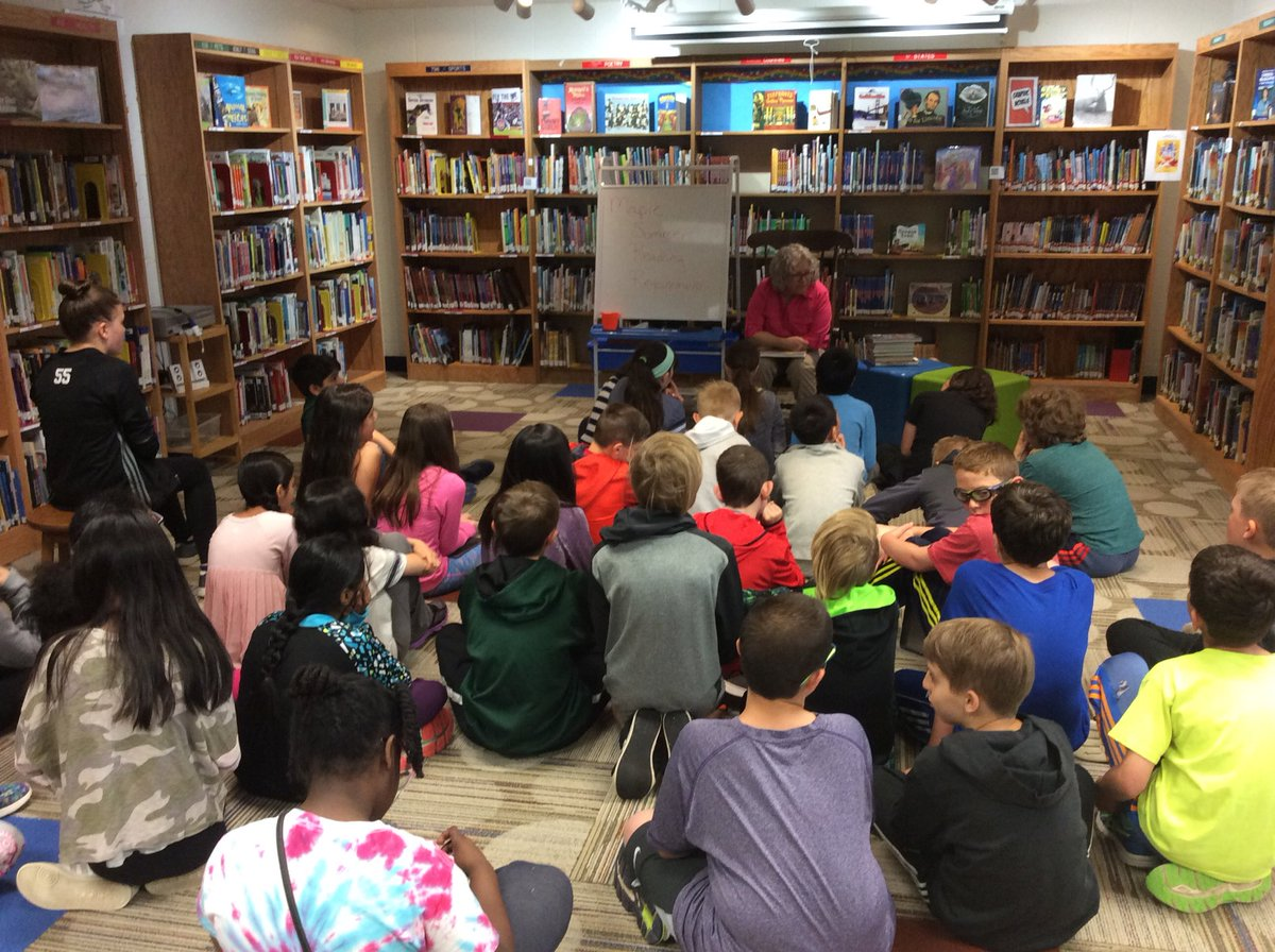 test Twitter Media - Thank you to Amy Kauth, Maple librarian, for meeting with Wescott 5th graders to tell them about their summer reading requirement for Maple!  #d30learns @Wescott5R @dkarnoscak https://t.co/P7zrp3C1nc