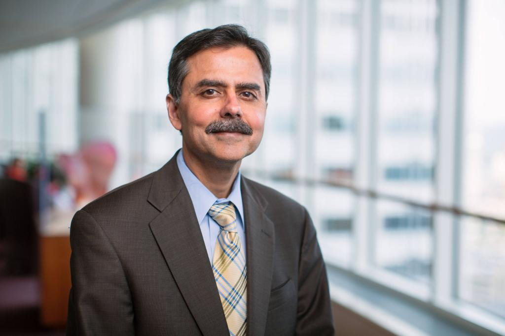 test Twitter Media - Mayo Clinic expert on #osteoporosis, age-related bone loss and the effects of #diabetes on bone recently received a career science award from @TheAACE.  https://t.co/qBLJb2XQLI https://t.co/v2NDC75Mlc