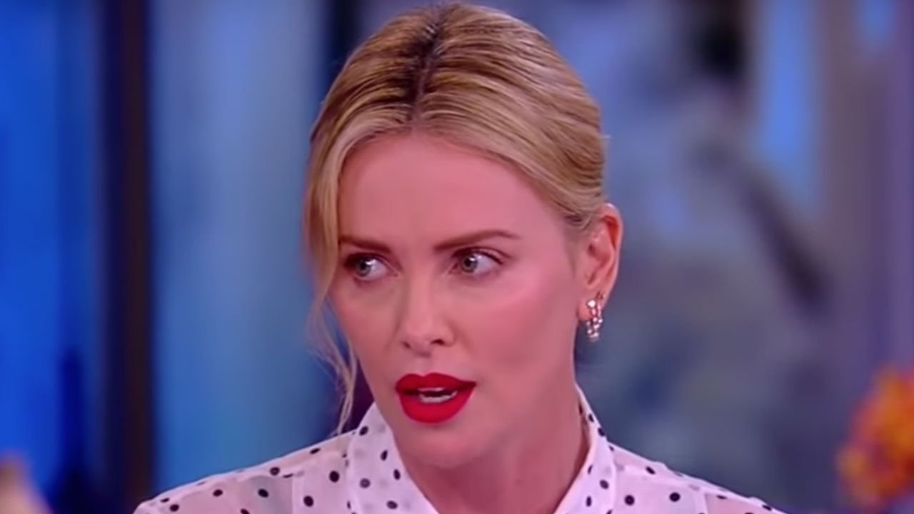 Charlize Theron Set to Star as Megyn Kelly in Movie About Roger Ailes Scandal https://t.co/EExmLzGVUU https://t.co/NoE3Jqrpki