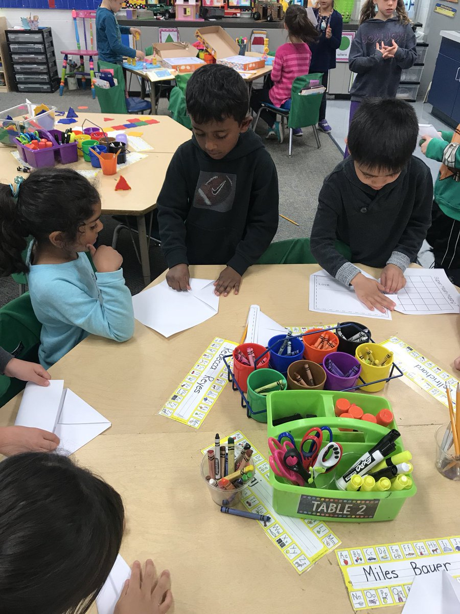 """test Twitter Media - Today during play time, one of our friends lead a """"class"""" on how to make paper airplanes. Tomorrow he's teaching us how to make paper hats! #kidsteachingkids #d30learns #wbplays https://t.co/tiiff42665"""