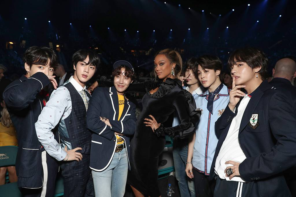 The candid BBMAs moments just keep coming.
