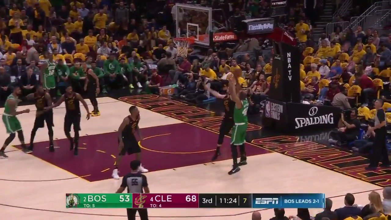 Al Horford baseline jumper to open the 2nd half!  #CUsRise x #WhateverItTakes  ��: @ESPNNBA https://t.co/Nzy7wPTqNC
