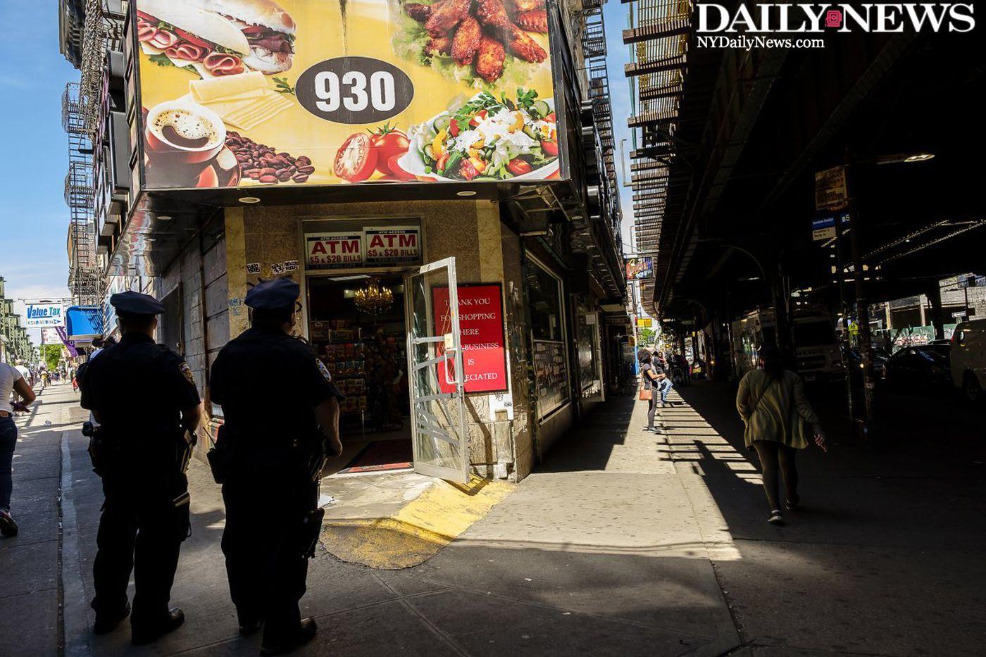 Brooklyn businesses reopen after a slew of K2 overdoses despite closure requests https://t.co/Da3sJCaKcj https://t.co/im734bLoHt