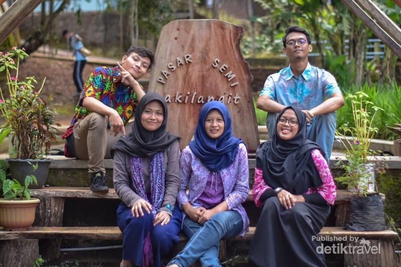 Tempat Ngabuburit Baru di Yogya, Pasar Kaki Langit! https://t.co/qkhvPqFmxf via @detiktravel https://t.co/sDGBDOLAbp