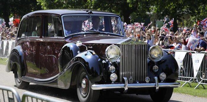 سيارات الزفاف الملكي البريطاني 🇬🇧 https://t.co/126iodamWf