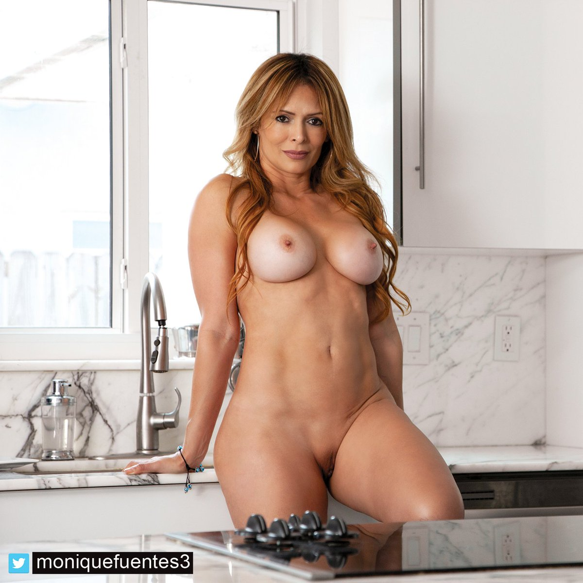 Have a great day! #lovemyfans #milf #kitchen #dildo #manyvids 64Fwogsyf6 O