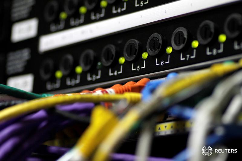 New European privacy law heralds new era in online data protection https://t.co/szcKbVZG75 https://t.co/lVAagIQS4l