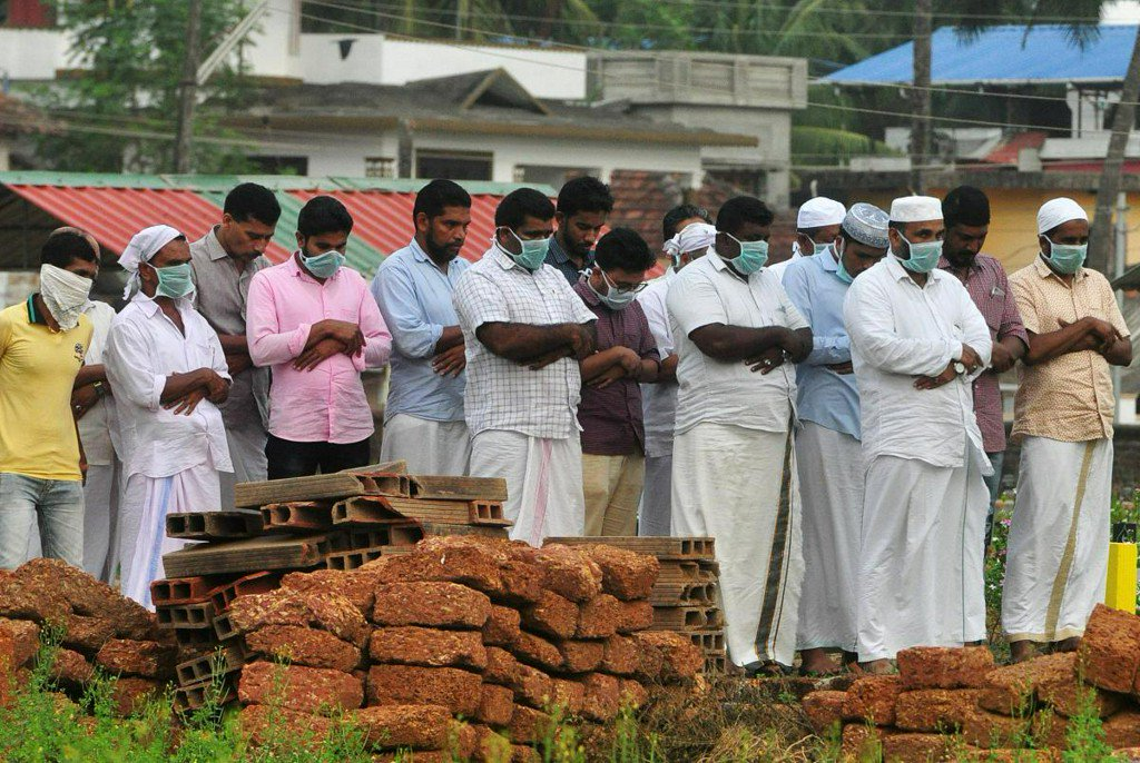 Third Indian state checks suspect cases in outbreak of rare brain-damaging virus https://t.co/zZBgVj8Luz https://t.co/oXPo4NBERv