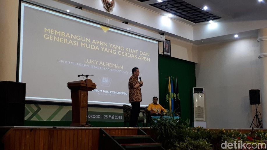 Banyuwangi Presentasikan Smart Kampung di Forum Kota Cerdas ASEAN https://t.co/fDZd4mhx4B https://t.co/72FuW3K8wA