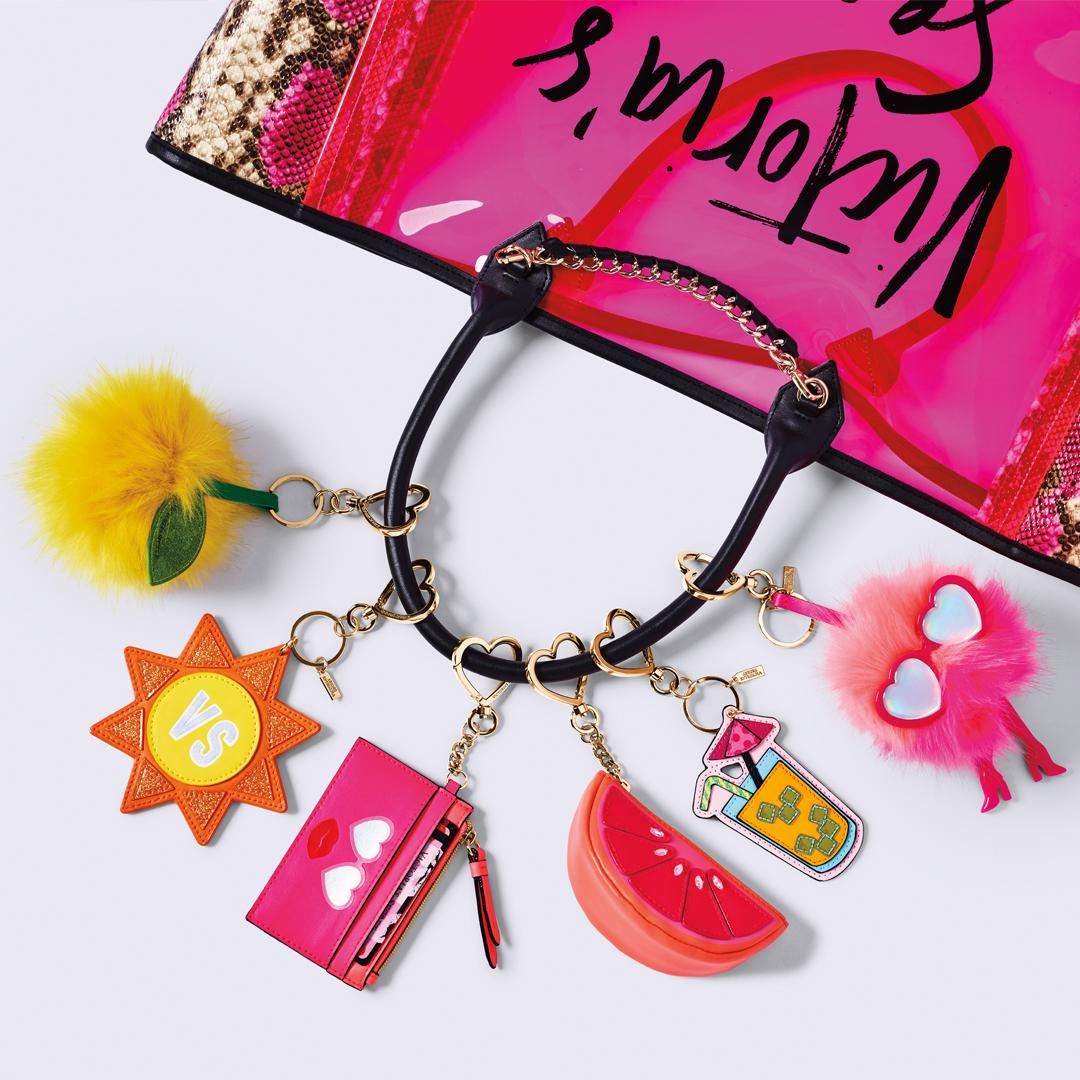 Small wonders: Personalize your arm candy: https://t.co/2YtGzDJJUQ https://t.co/HaxjNFZX1I