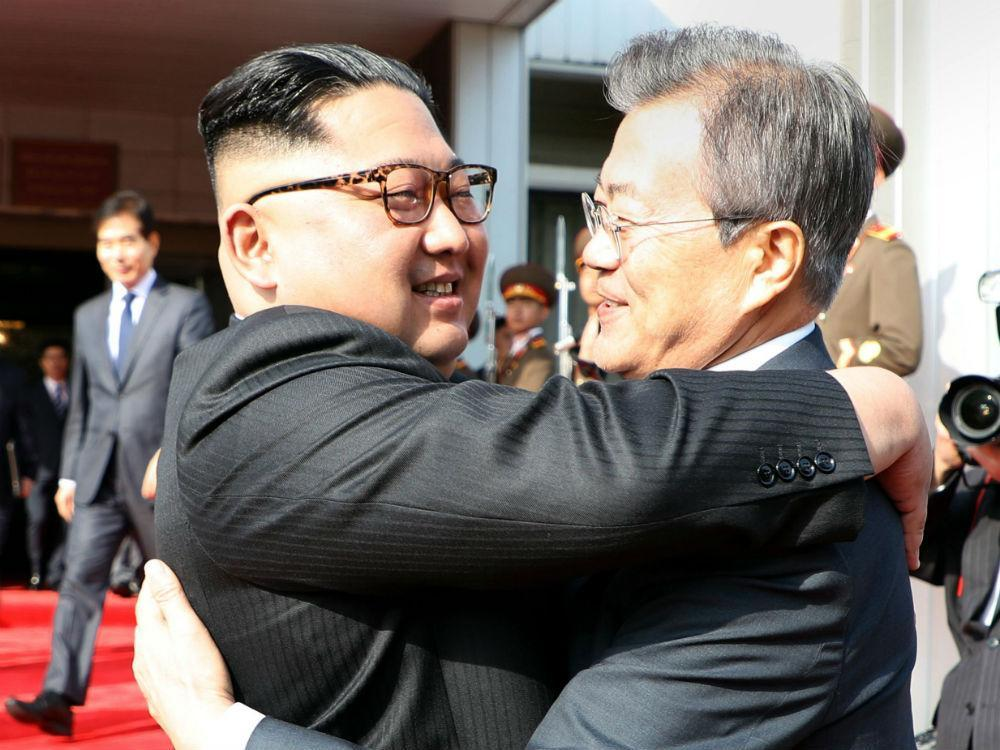 ICYMI - North and South Korean leaders hold surprise 2nd summit ahead of talks with Trump