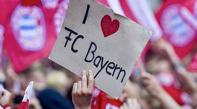 ¡Feliz domingo, afición!   #MiaSanMia ❤ #FCBayern https://t.co/DlHgkO6SEL