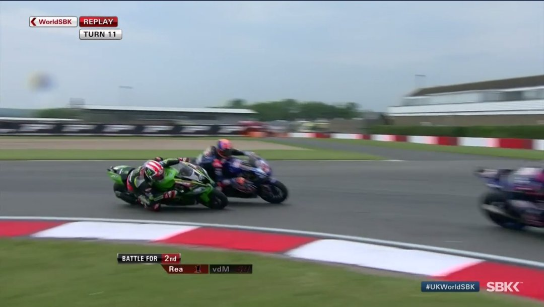 test Twitter Media - That overtake from @jonathanrea!😱🙈   @KRT_WorldSBK rider is now 2️⃣nd with all eyes on his 60th win! #UKWorldSBK https://t.co/297SbrWZOP