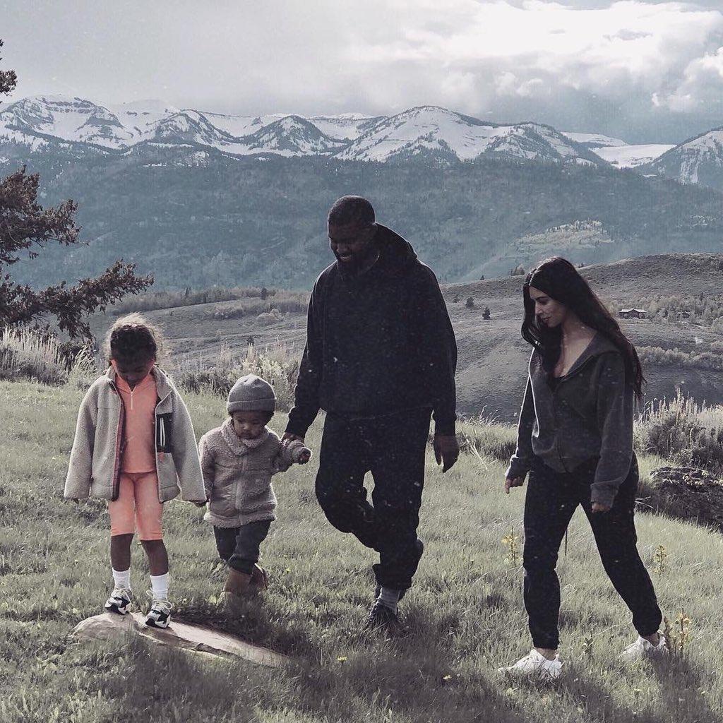 Самое лучшее проявление любви отца к детям - его любовь к их матери.  Януш Леон Вишневский https://t.co/P6blRPqlZz