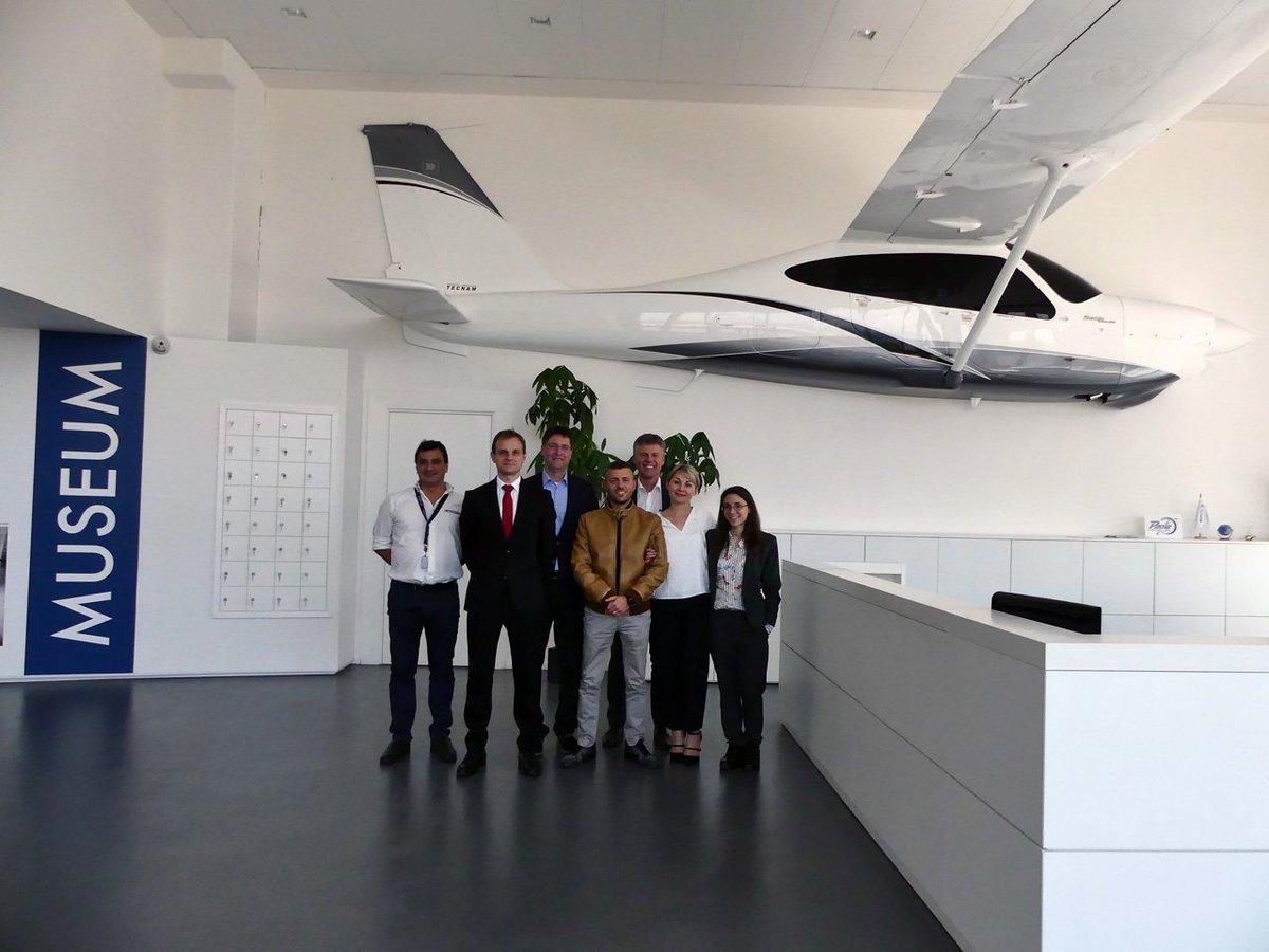 """test Twitter Media - Lo scorso 17 maggio 2018, presso la sede di Tecnam a Capua, Iniziativa ha partecipato al kick off del progetto H3PS (acronimo di """"High Power High Scalability Aircraft Hybrid Powertrain"""").  https://t.co/bHjunBKW35 https://t.co/dFf0jmlffJ"""