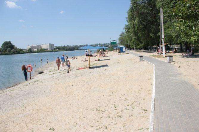 Пляж ростовское море 4
