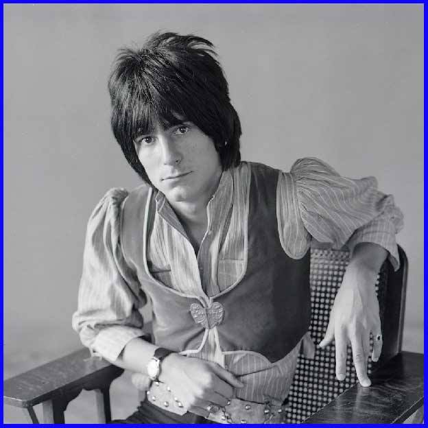 June 1st, 1947     Ron Wood Guitar (Faces, Rolling Stones) Happy Birthday
