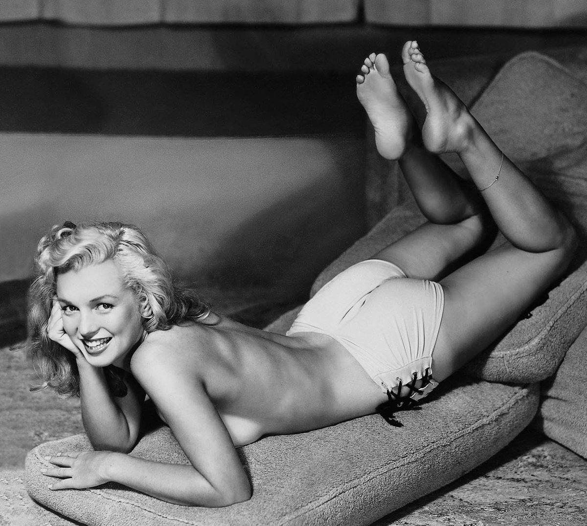 Happy Birthday Marilyn! dNOcIwBUsa