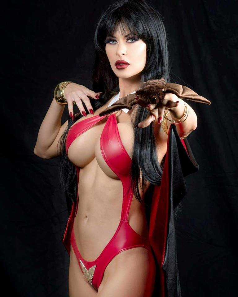 #Vampirella https://t.co/S1toMkYPXh