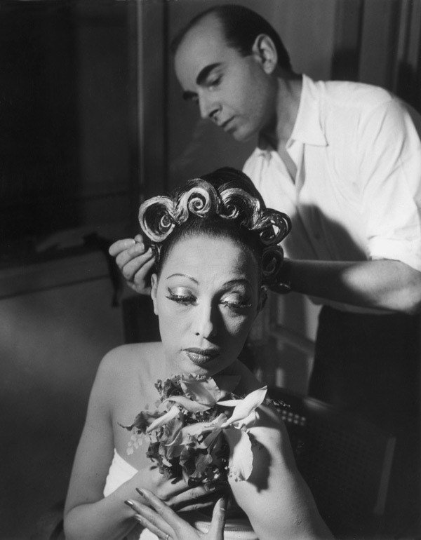 'To realize our dreams we must decide to wake up.'  Happy birthday, the extraordinary Josephine Baker .... https://t.co/dCw97F3pbm