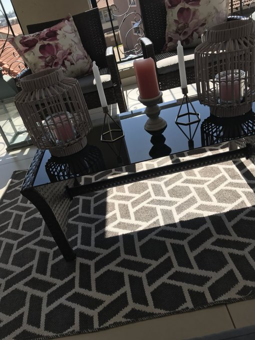 RT @DJZinhle: @BasaniCleaners did a great job. My chairs and carpets amazing. https://t.co/HGTz1HCirb