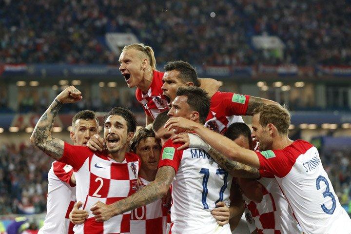 @BroadcastImagem: Croácia confirma o favoritismo e derrota a Nigéria na estreia da Copa do Mundo. Petr David Josek/AP