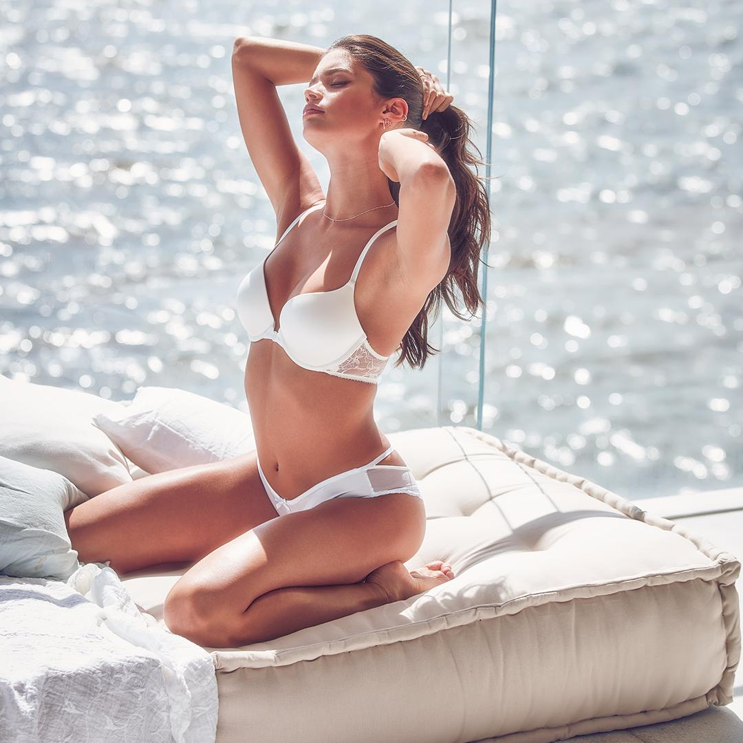 Before you take the plunge… #XOVictoria https://t.co/UJ9pjXutjt https://t.co/EaahMBC97A