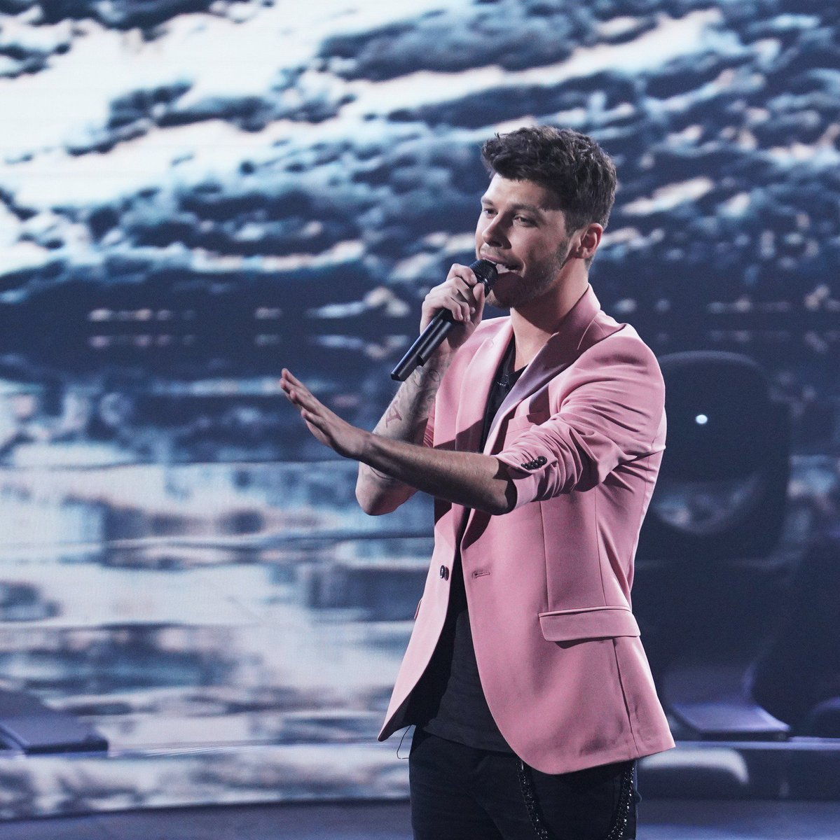 RT @TalentRecap: Ok it's official #TheFour 's @itsjamesgraham is our new MCM ????✨ https://t.co/cpv8VrVIj7