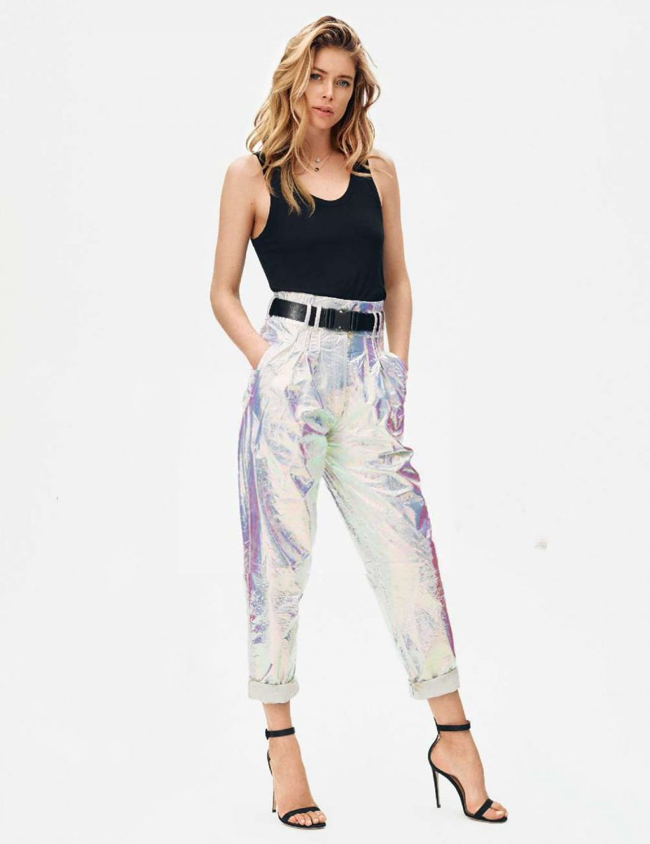 FRESH & CHIC, @Doutzen by Duy Vo wears #BALMAINPF18 styled by Jeanne Le Bault for @ELLEfrance https://t.co/B53l3vH9hU