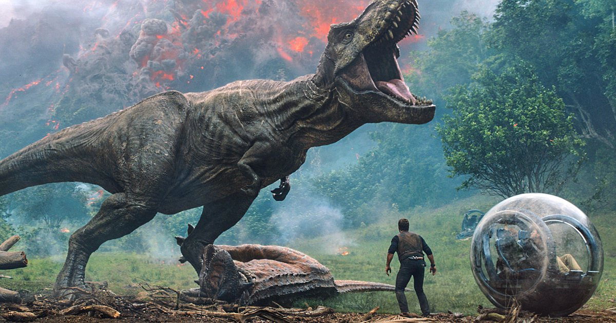 Life finds a way in the absurdly entertaining 'JurassicWorld: FallenKingdom.' Our review:
