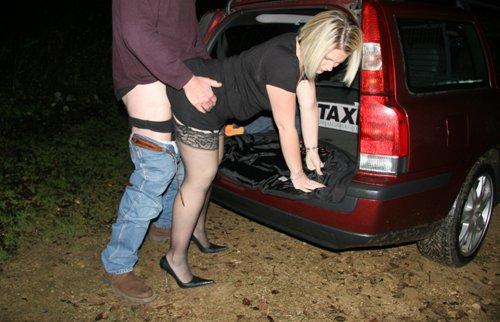 An easy way to pay the fare! Dogging Rachel style! AZ7ecNVWmd