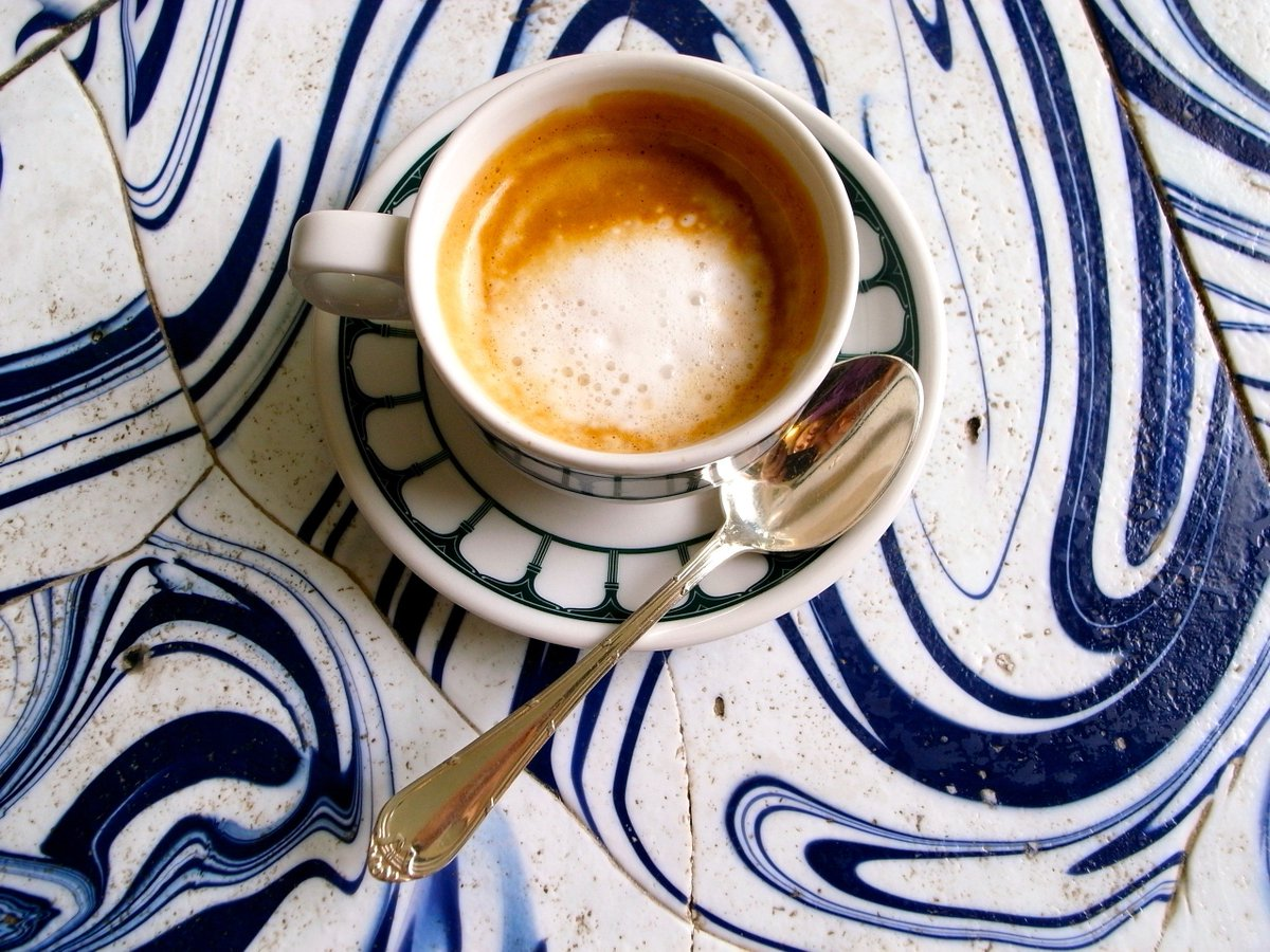 How to drink coffee like an Italian