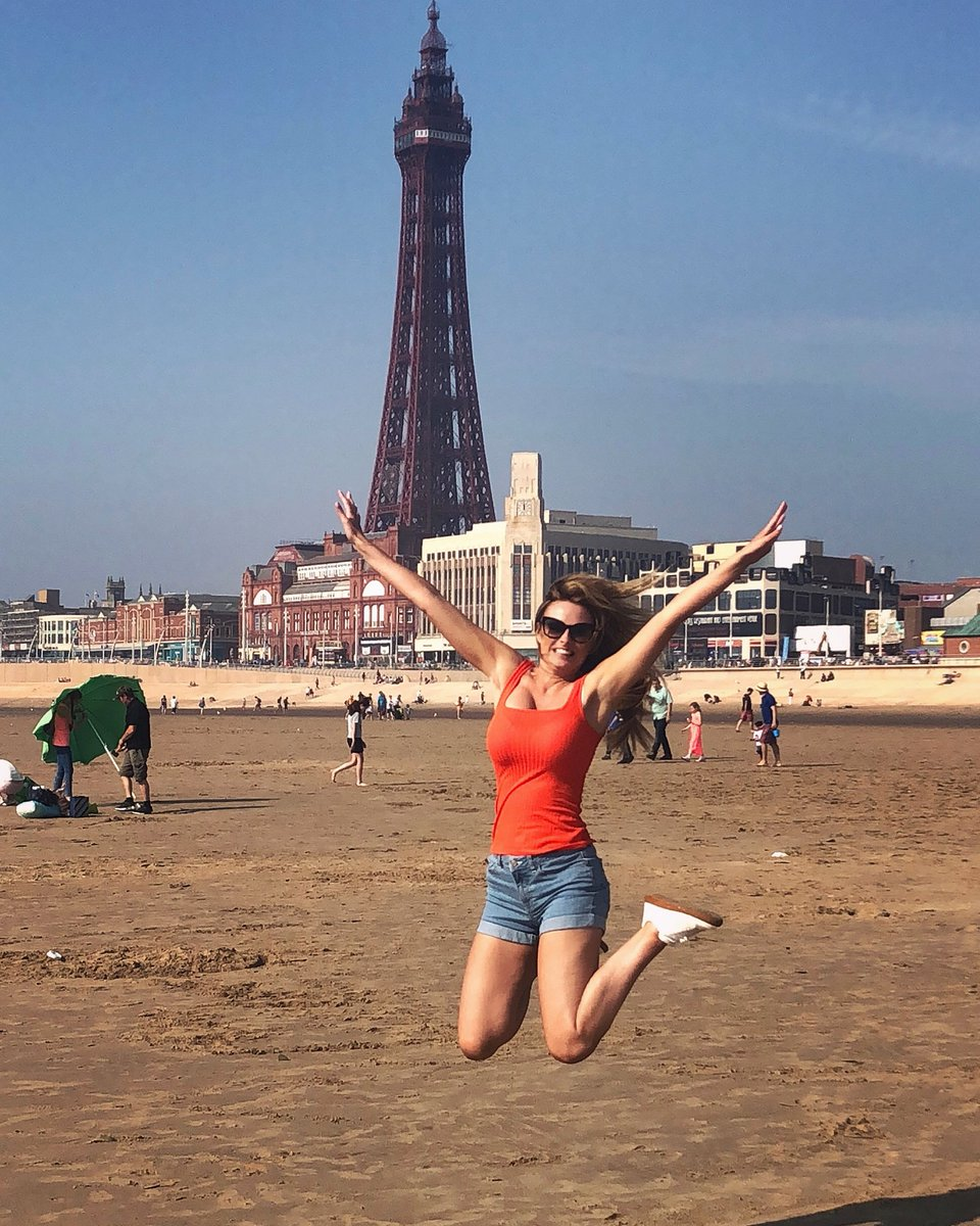 Seeing Blackpool through the eyes of a child makes it fun instead of tacky ... ???????? https://t.co/2i8r97yhVh