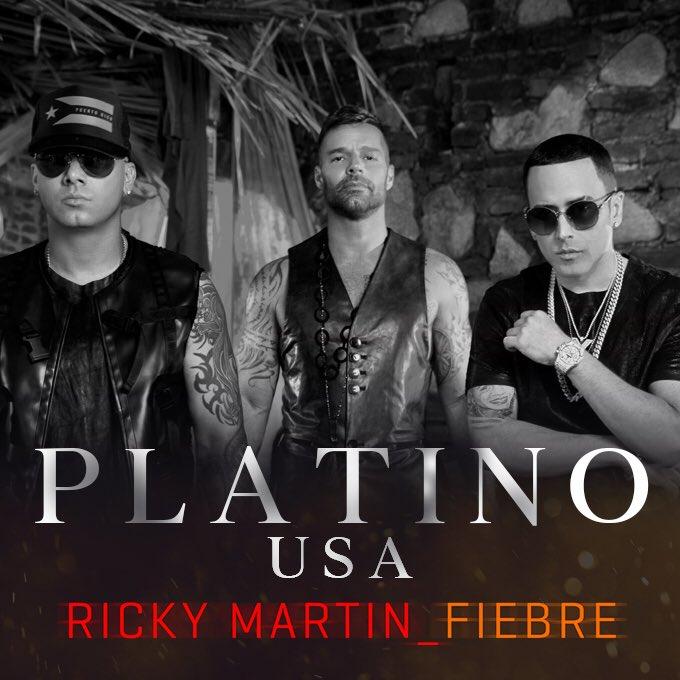 #Fiebre disco de platino ???? en USA! Gracias mi gente ???????? @WisinOficial @yandeloficial https://t.co/xXF73jOLpl
