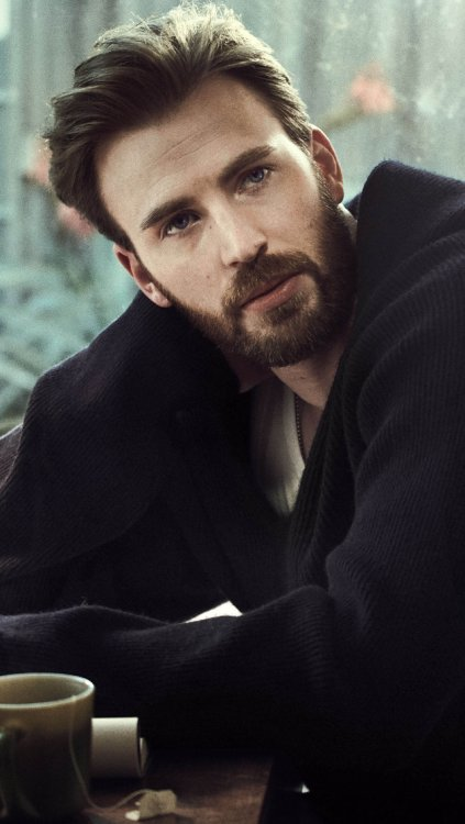 Happy birthday chris evans you gorgeous man