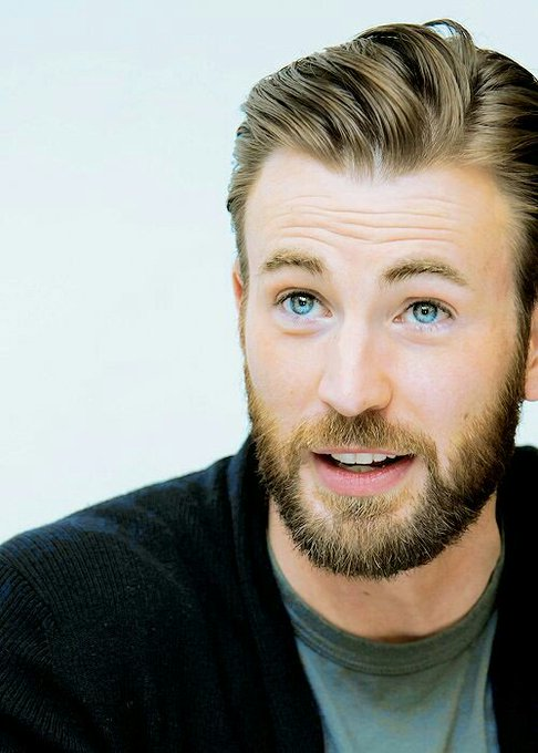 Happy birthday to my aDORKable sunshine, Chris Evans., Te amo bebito