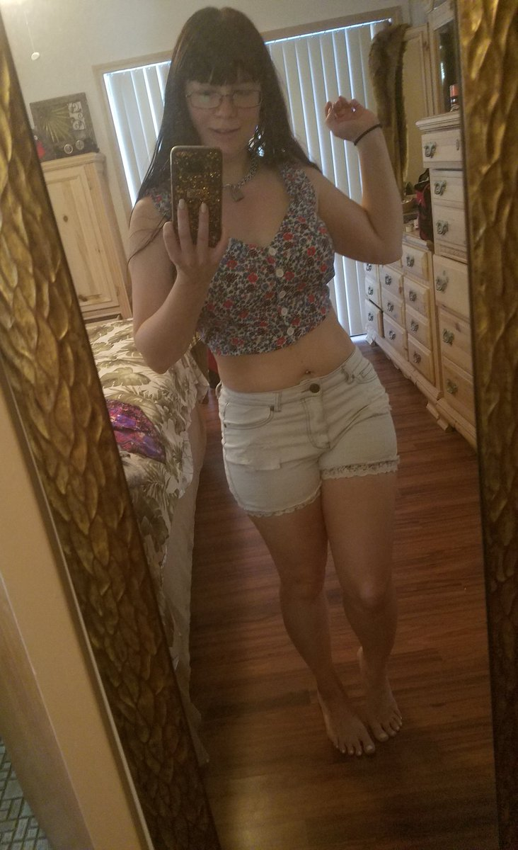 Cute outfit today W7p6B63Byf