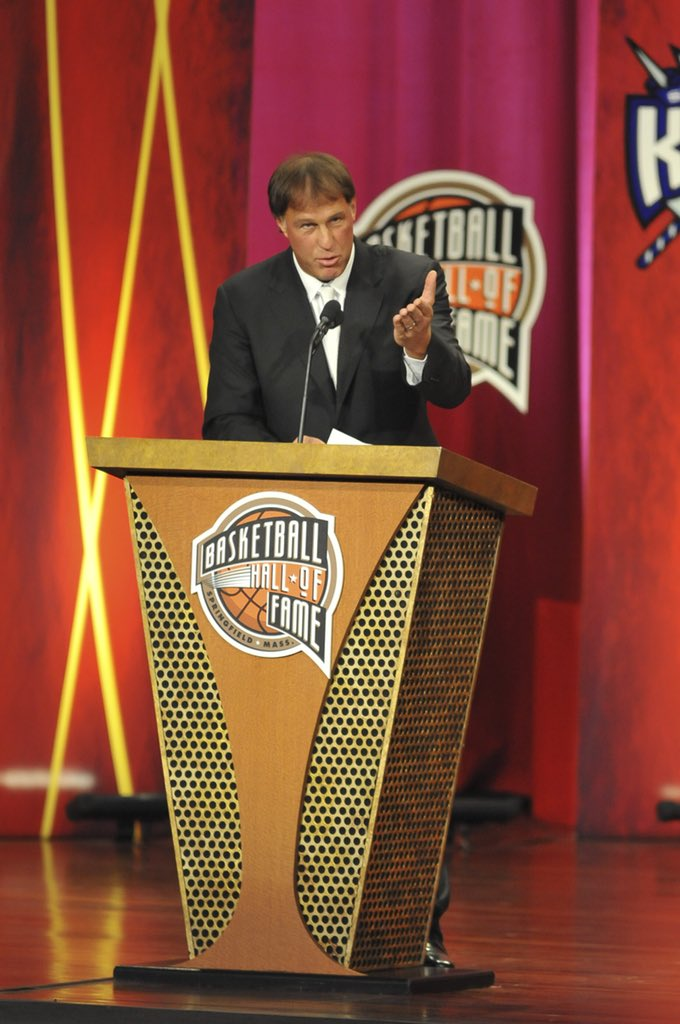 To wish Sarunas Marciulionis a Happy Birthday!